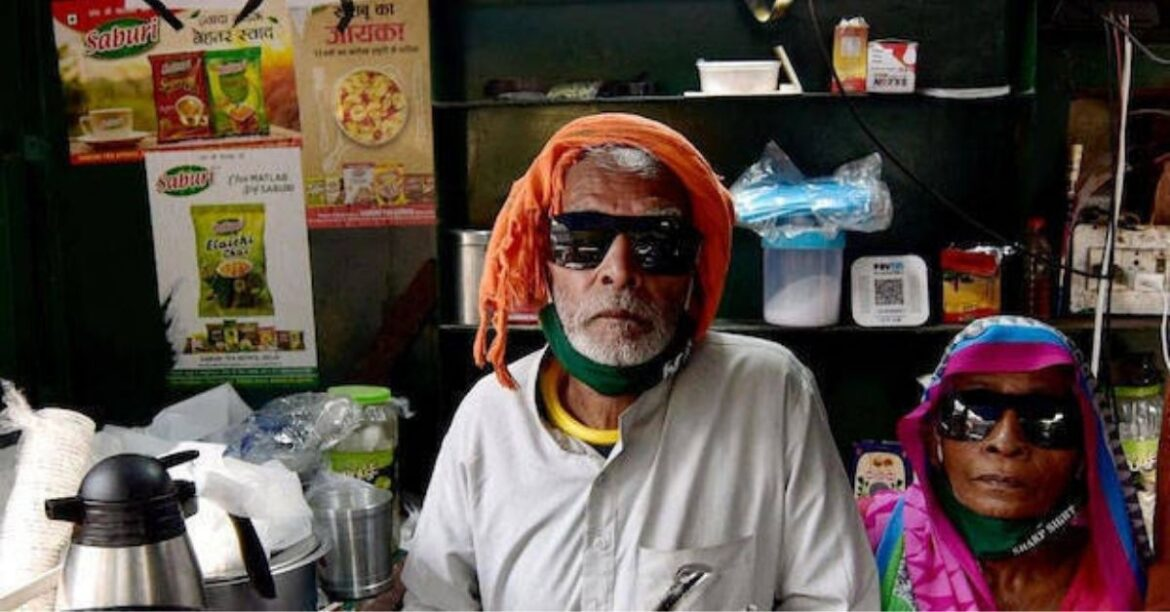 """""""Where Is Your Gratitude?"""" Privileged India Scorns At Baba Ka Dhaba Owner"""